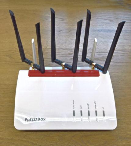 FRITZ!Box 6890 LTE mit M2 X3co + 3x M2 DuoMax